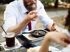 あなたを失敗へと追い込む、ダイエットの迷信5つ