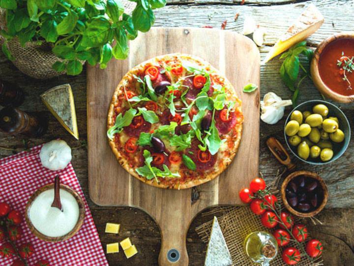 週末の朝は、時短で華やかなブレックファースト・ピザ