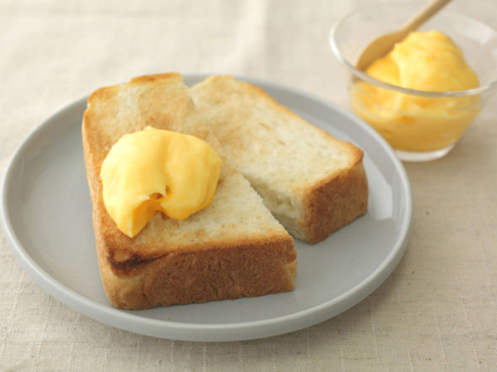 卵黄と牛乳で簡単「極上カスタードクリーム」レシピ