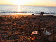 1日1組限定、ビーチに現れる自分だけの「焚火カフェ」