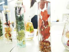 天然の植物とパワーストーンで運気を上げるインテリア「ハーバリウム」