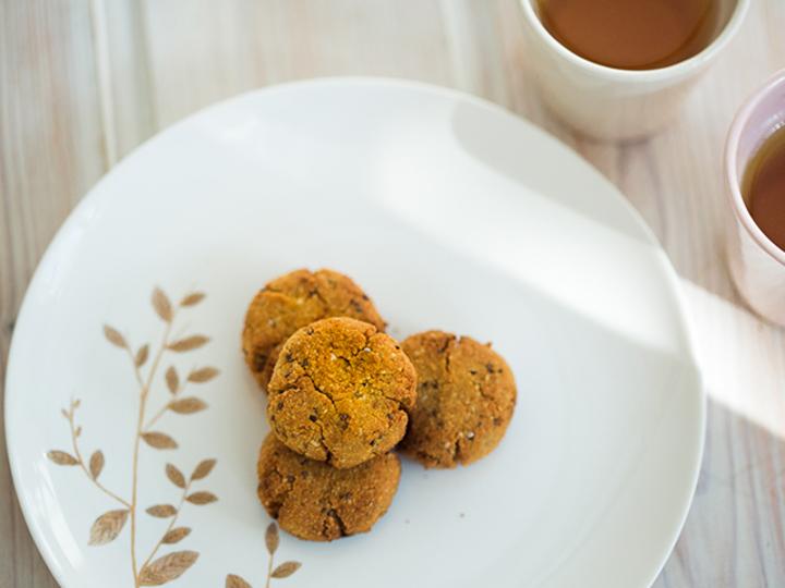 糖質が気になる方に、Kellyボディを作る低糖質ココナッツクッキー