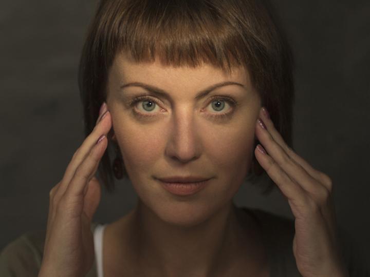見ためが3歳若返る、顔エクササイズの効果を皮膚科医が検証 [The New York Times]