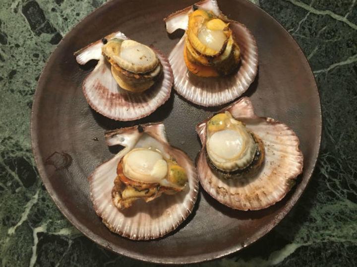 鮮魚店では三陸の「赤ざら貝」とイシモチを購入【こぐれひでこの「ごはん日記」】