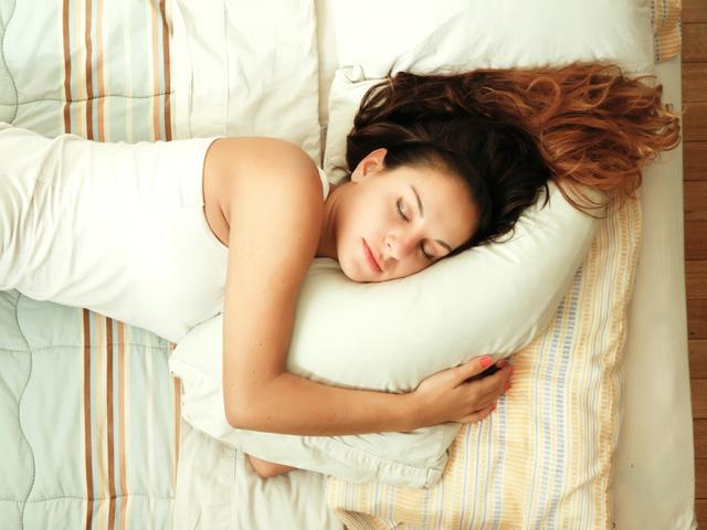 1804_sleep_shortage_top