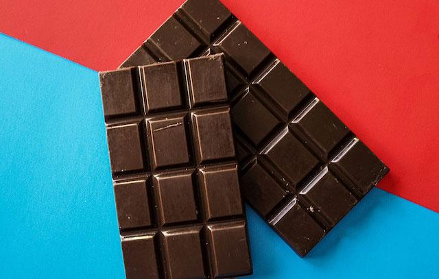 PMSFood_chocolate_1000