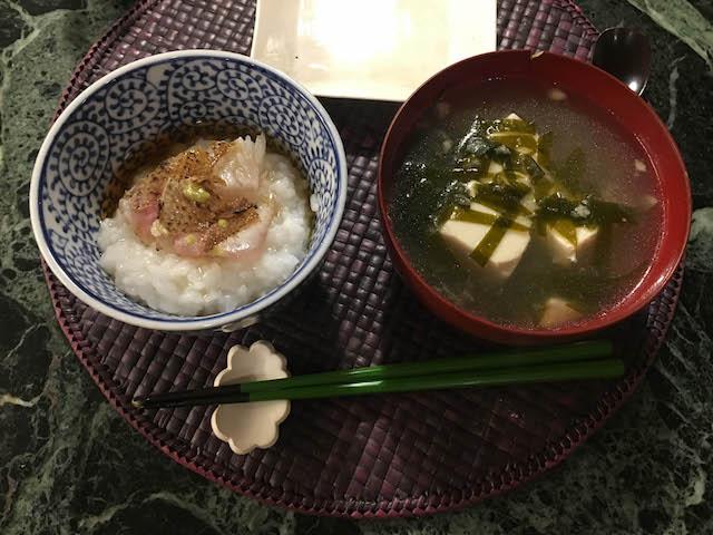 18.04.21夜おかゆの食べ方
