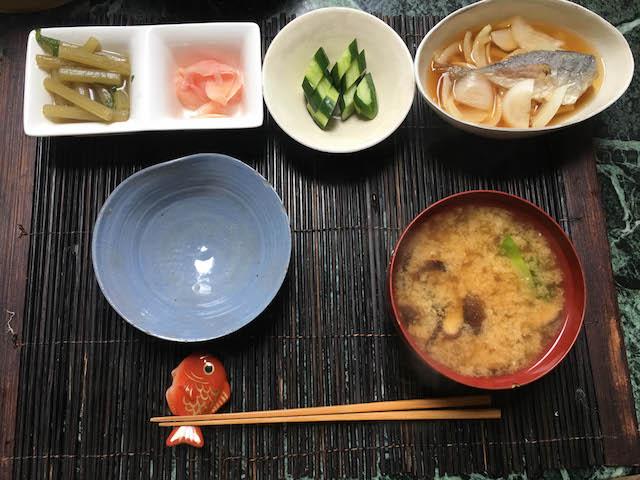 18.04.23昼寺母味噌汁-1