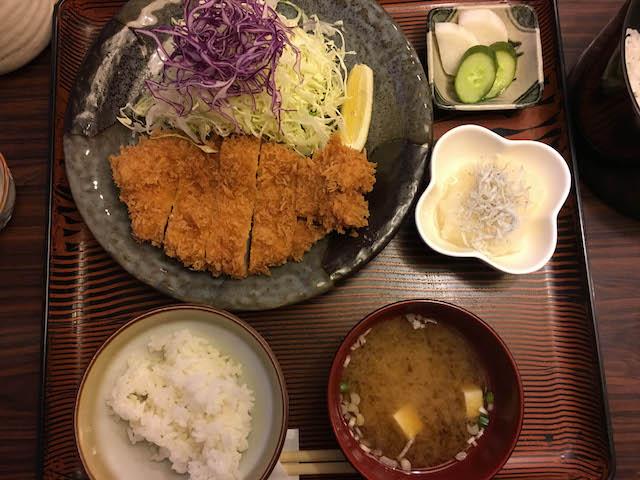 18.07.23夜ロースカツ定食
