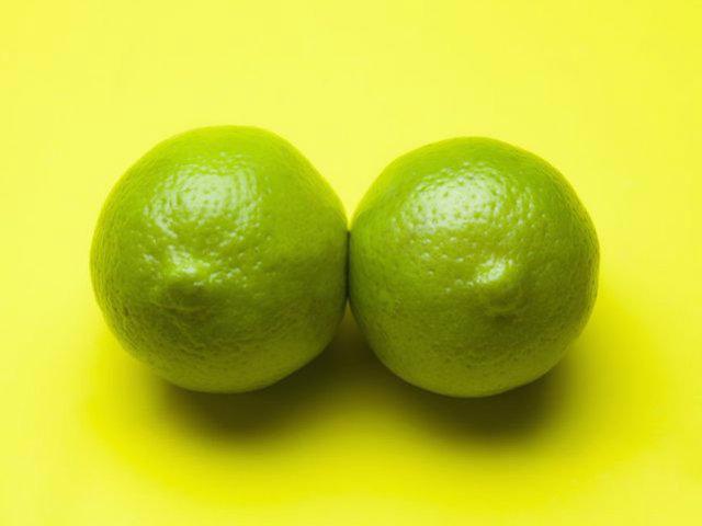 Nipples0
