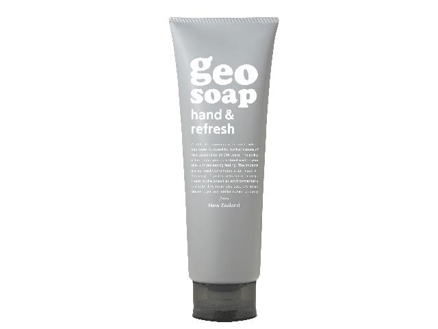 geosoap_hand