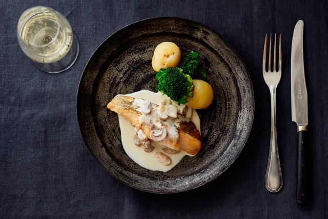 鱈のポワレ白ワインマッシュルームソース