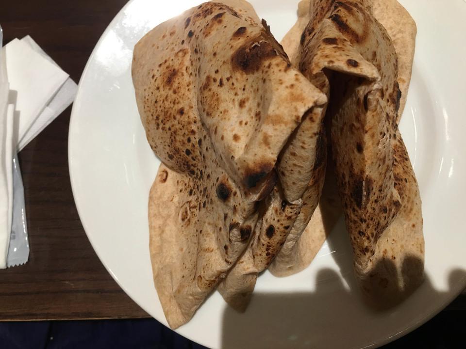 薄焼きのパン