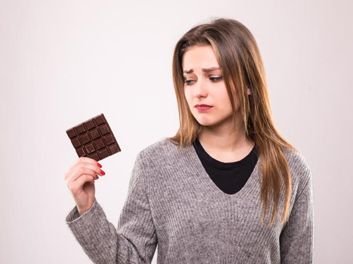 「お菓子を食べたいけど、食べてはいけない」葛藤に勝つテクニック