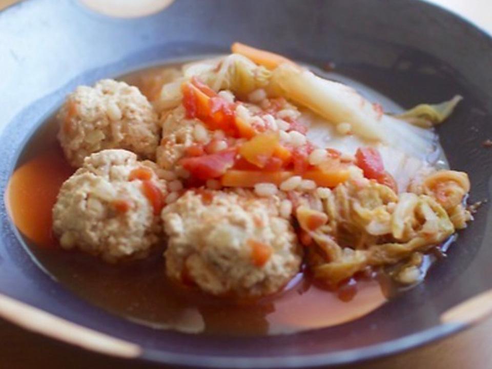 もち麦入り鶏団子のトマト煮