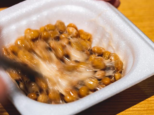 納豆は何回かき混ぜる?