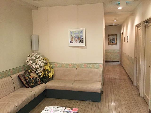 赤須医院 待合室