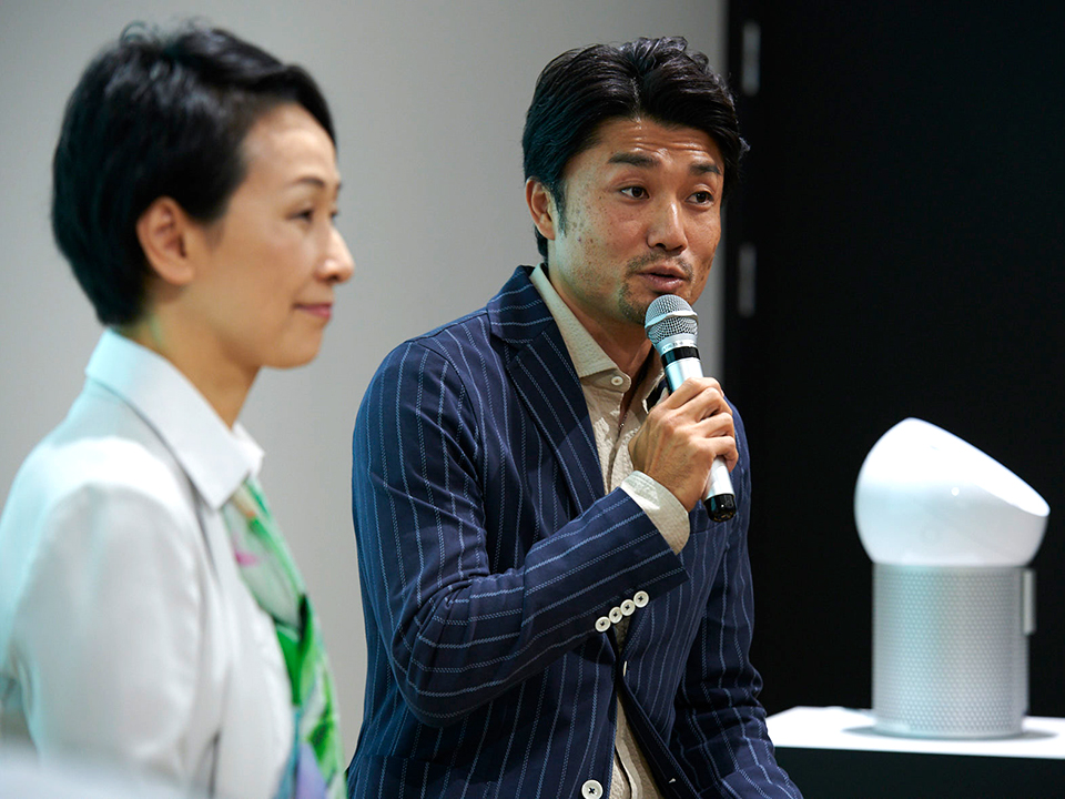 三橋美穂さんと末續慎吾さん