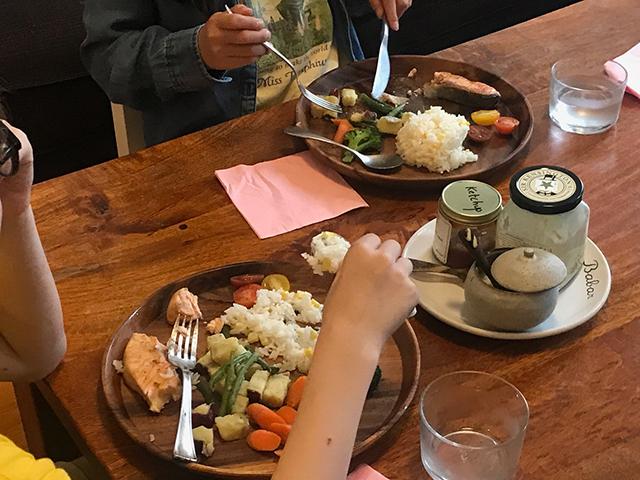 カヒミ・カリィさんの食卓
