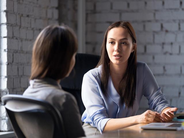 女性同士の悩み相談