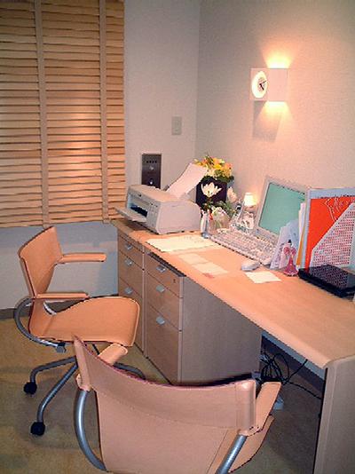 よしの女性診療所、診察室