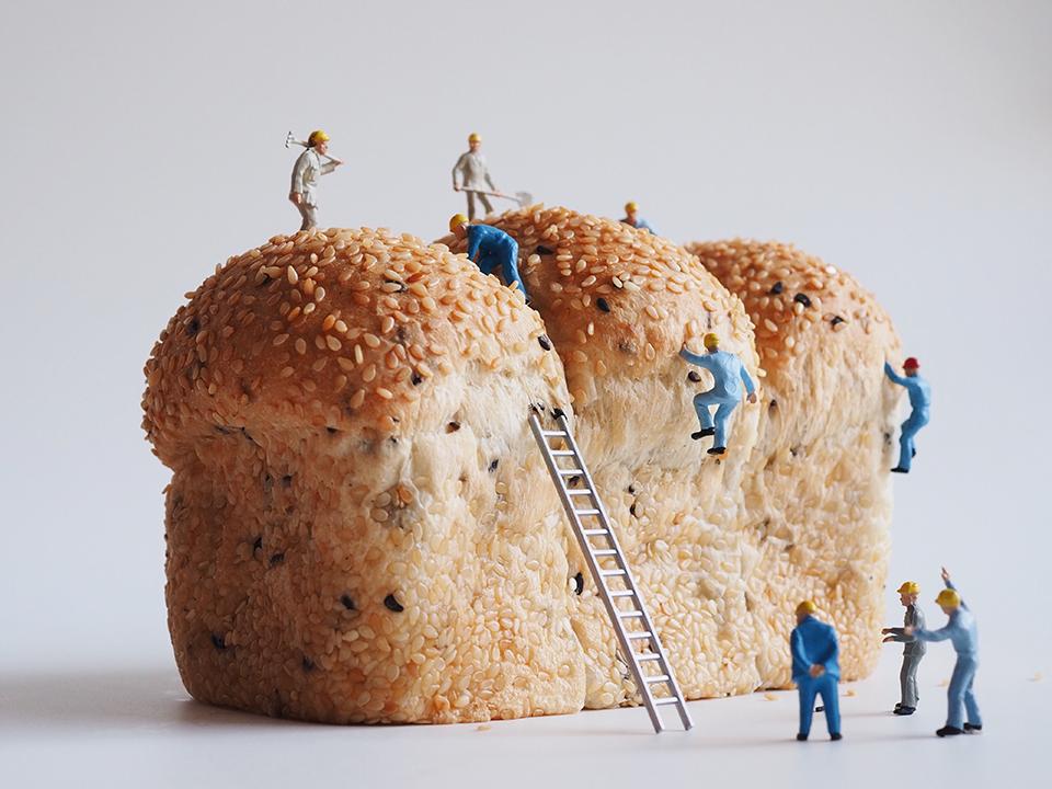 パンと小人