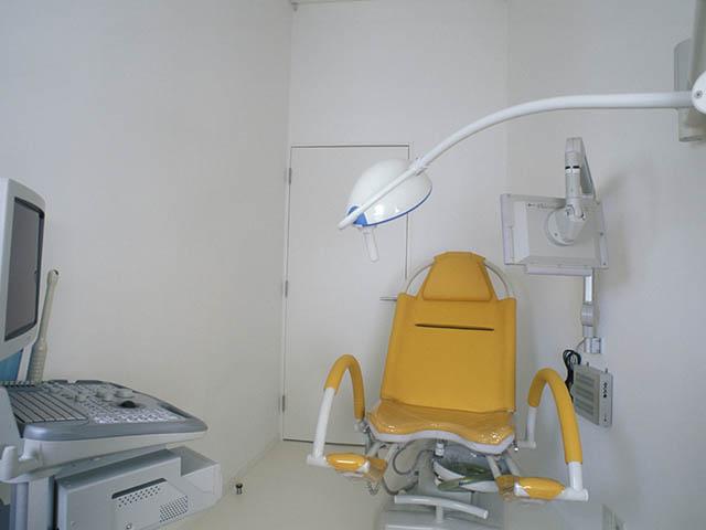 船津クリニック 診察室