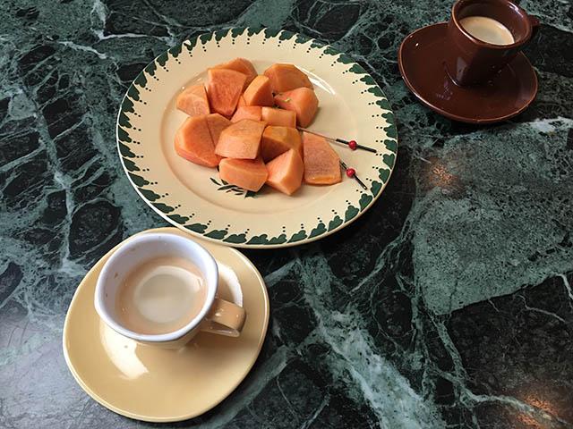柿とカフェ