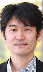 前橋健二教授