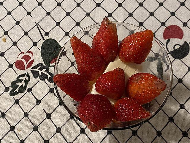 イチゴとバニラアイス