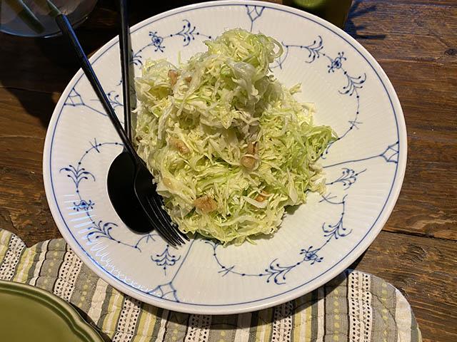 キャベツの千切りサラダ(くるみ)