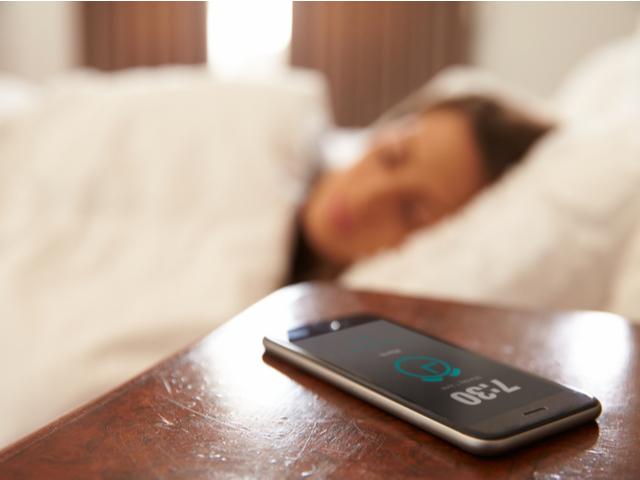 スマートフォンの目覚まし