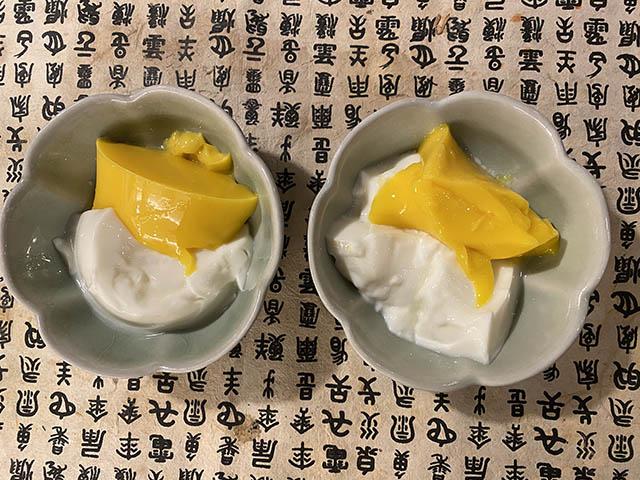 マンゴープリンと杏仁豆腐
