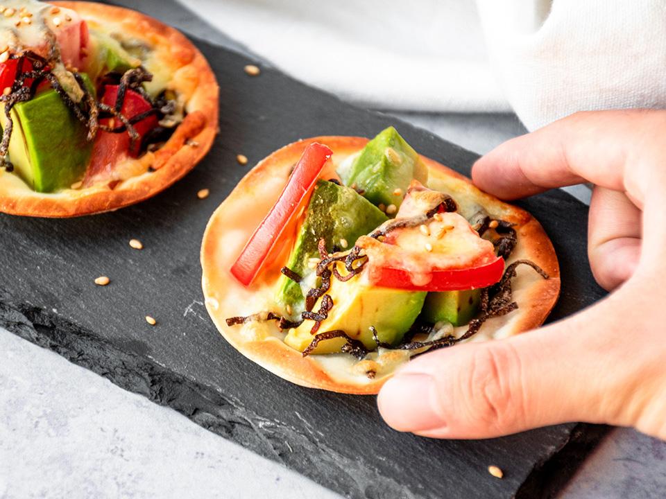 塩昆布とアボガドのピザ