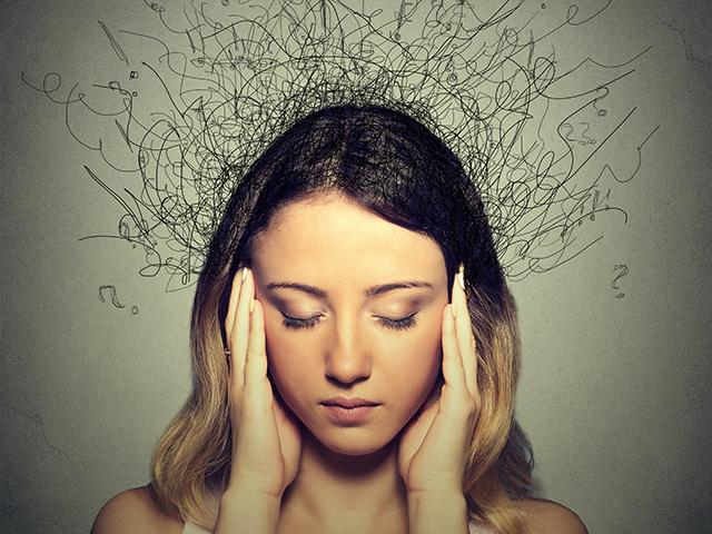イライラ、不安、悲しみ、無気力などの感情があらわれる女性