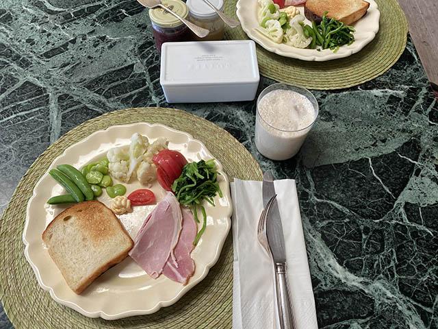 朝昼ごはん