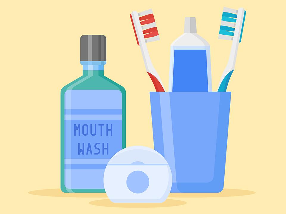マウスウォッシュと歯ブラシ