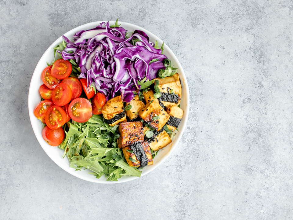 teriyaki-tofu-salad-bowl