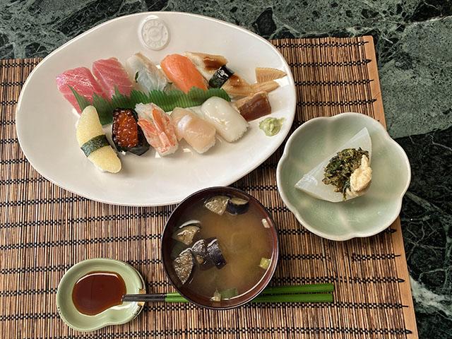 21.02.24_b_sushi-1