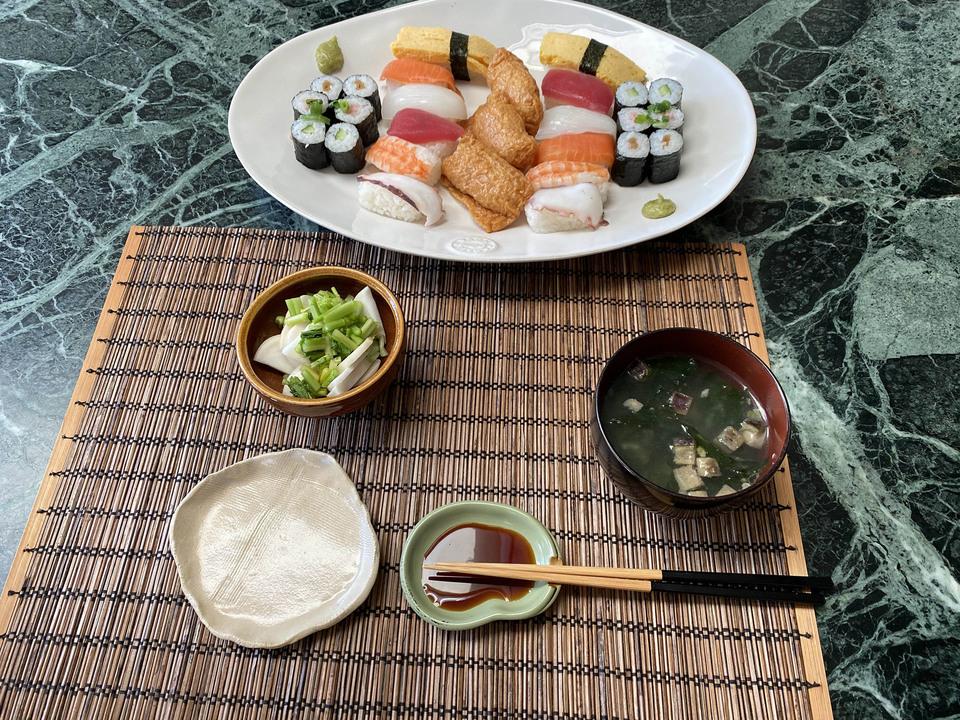21.04.12_b_sushi