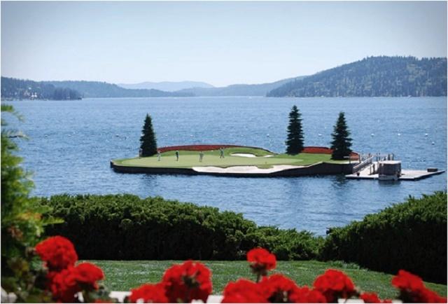 150119ECfloating-green-coeur-dalene-golf-course2