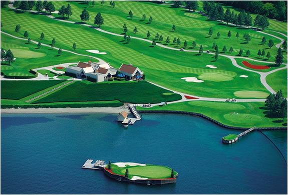 150119ECfloating-green-coeur-dalene-golf-course5