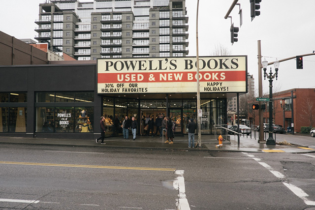 0150413powells-books-1