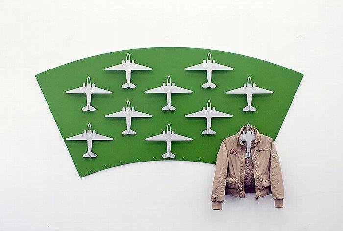150715ECairplanehanger