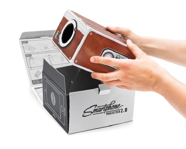 150722Smart-Phone-Projector-2.0-04