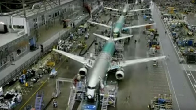 150909airplanemaking13