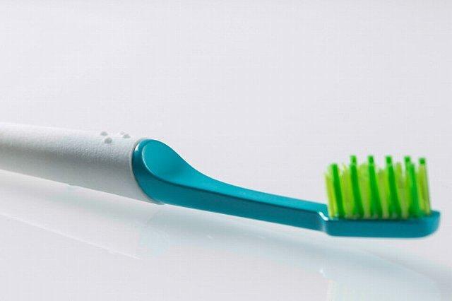 150916ECTIO-sustainable-toothbrush1