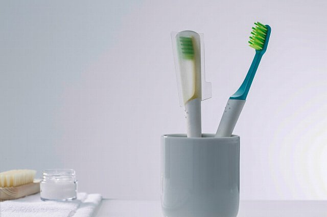 150916ECTIO-sustainable-toothbrush2