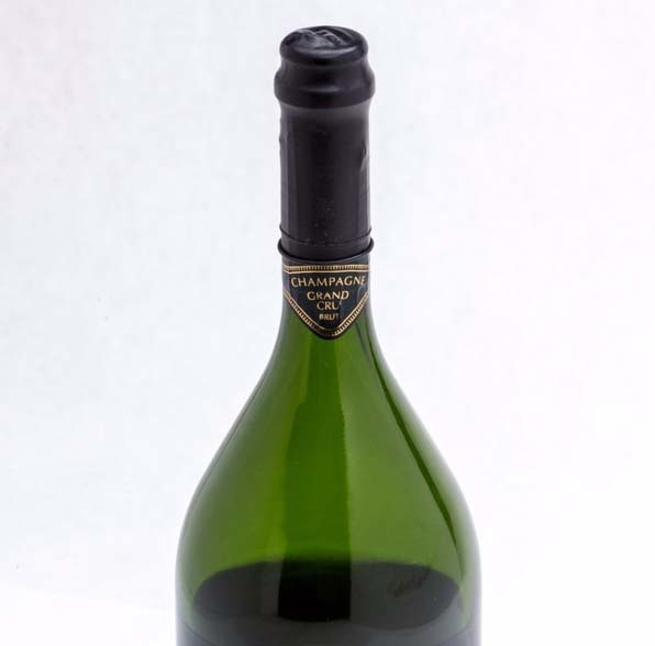 1511212_roomie_wine2