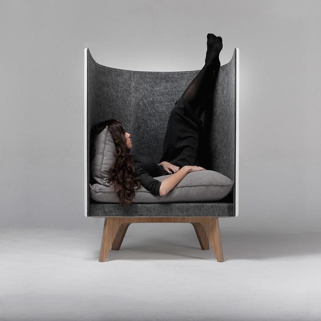 ひとり時間を確保できる椅子 Roomie(ルーミー)